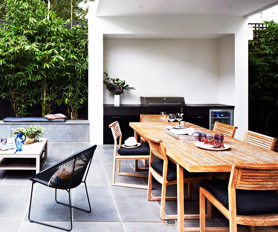 the outdoor kitchen - Our Top 10 Australian Outdoor Rooms of 2015